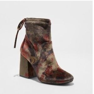 A New Day floral velvet booties